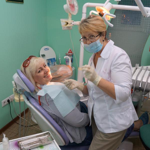 стоматолог и пациент